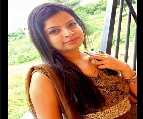 Gujarati Ahmedabad Aunty Aiyanshi Whatsapp Number Marriage Chat