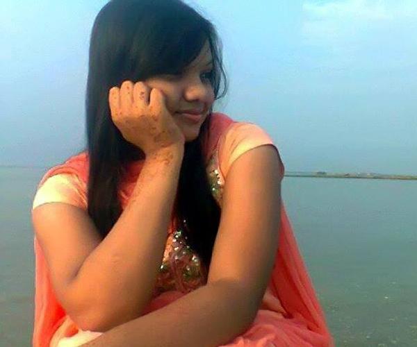 Bangladeshi Chittagong Girl Devyani Tagore Whatsapp Number Chat