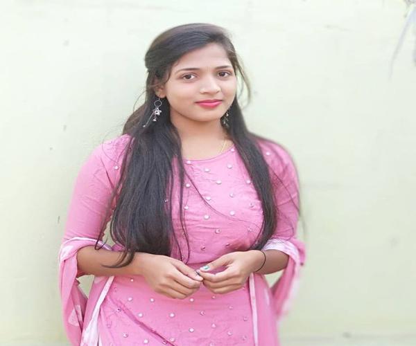 Tamil Thanjavur Girl Makshi Cholagar Whatsapp Number for Marriage
